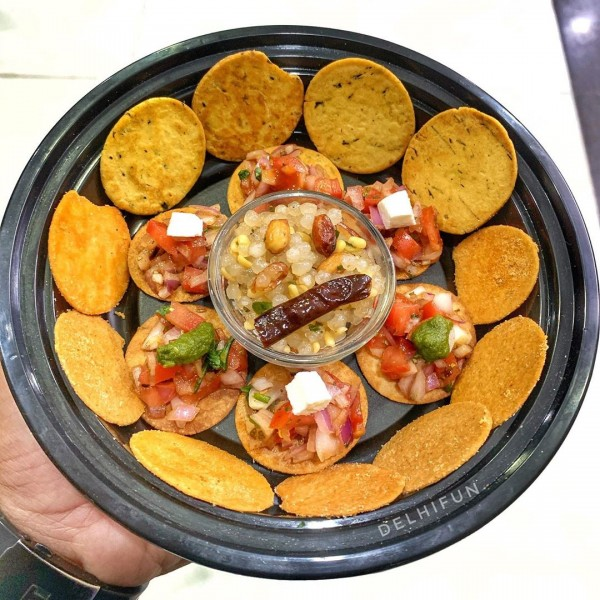 Cottage Cheese Khakhra Superchips Bruschetta